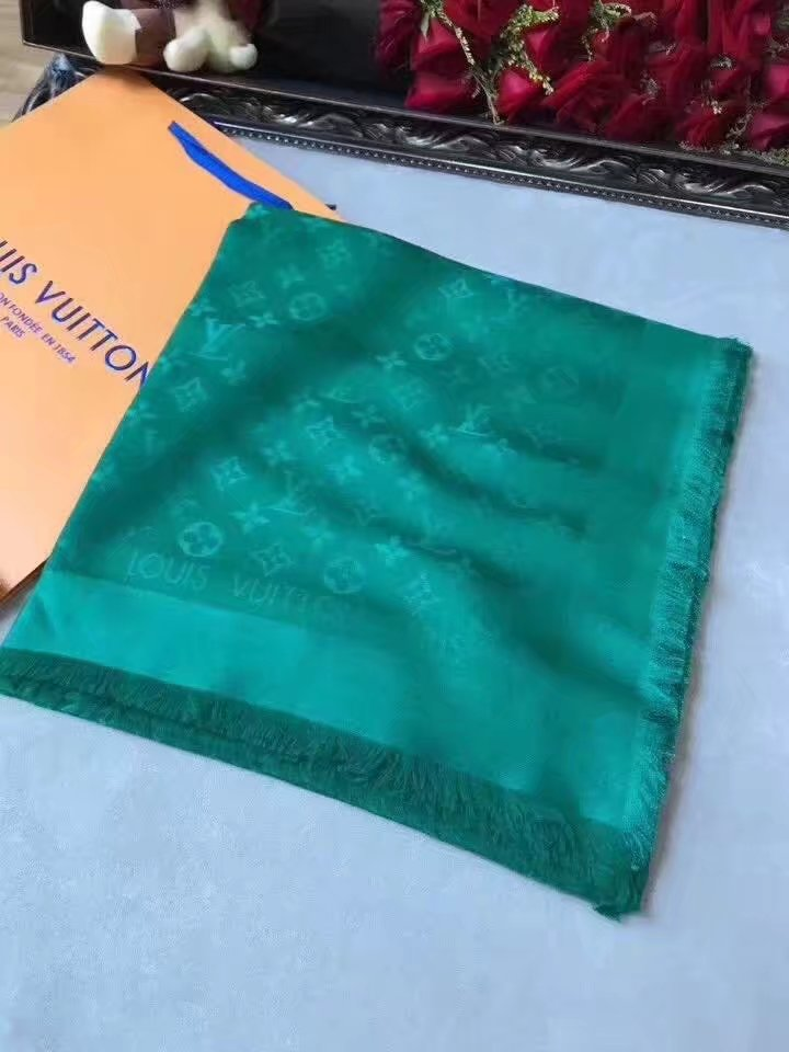 louis vuitton Cashmere scarf LV9219 green