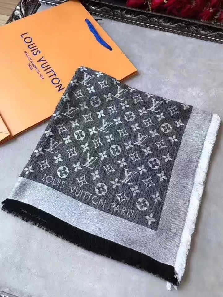 louis vuitton Cashmere scarf LVA9219 gray