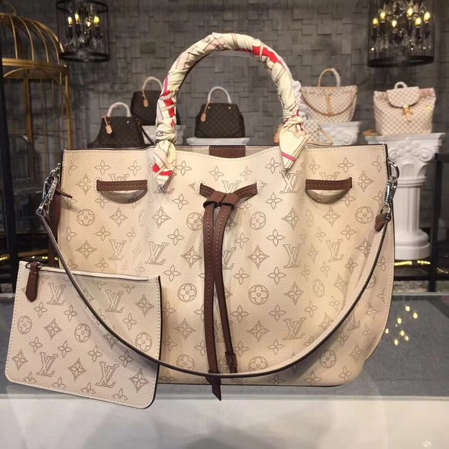Louis Vuitton Original Mahina Leather GIROLATA M54401 off-white