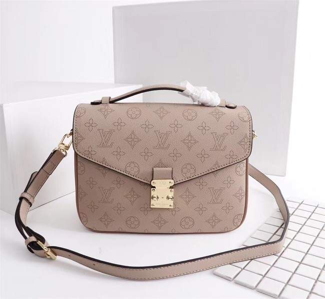 Louis Vuitton Mahina Leather POCHETTE METIS M40780 apricot