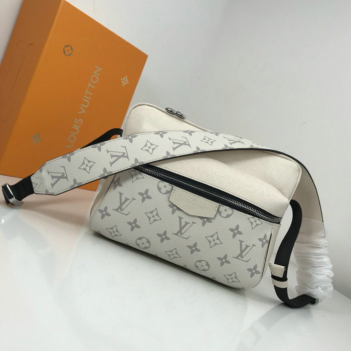 Louis Vuitton Monogram Canvas Messenger PM White M43845