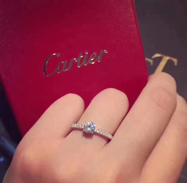 Cartier Ring CE2230