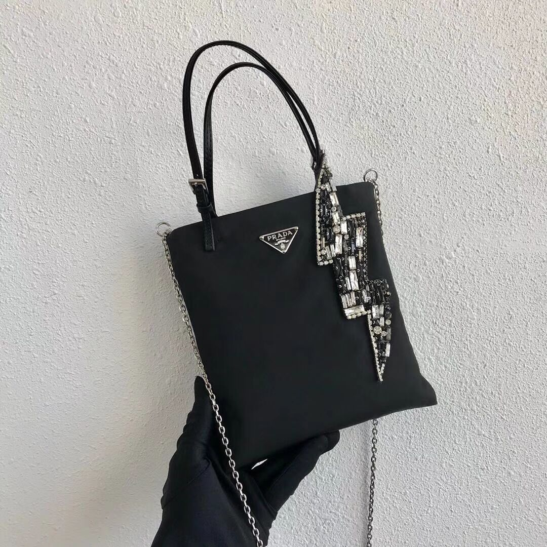 Prada Re-Edition nylon Tote bag 1NE618 black